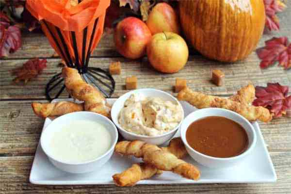 Apple-Pie-Twists-serving | 2 Cookin Mamas