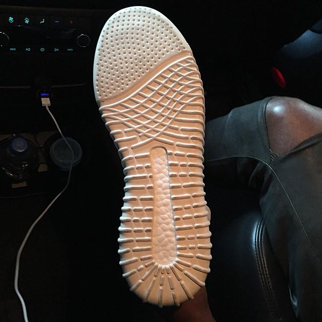 kanye-adidas-yeezyboost-sole