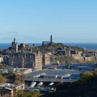 Waverley Station - Edinburgh City Breaks