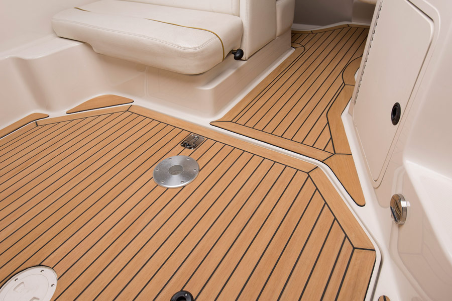Gallery with Flexiteek boat decking and flooring