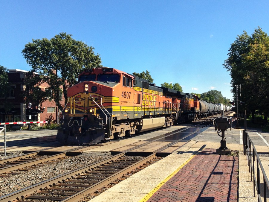 Trains in Riverside, Illinois