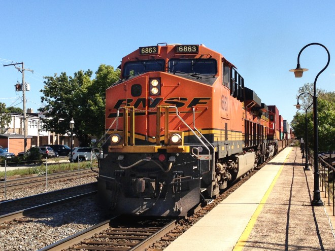 BNSF freight westbound from Chicago in Riverside