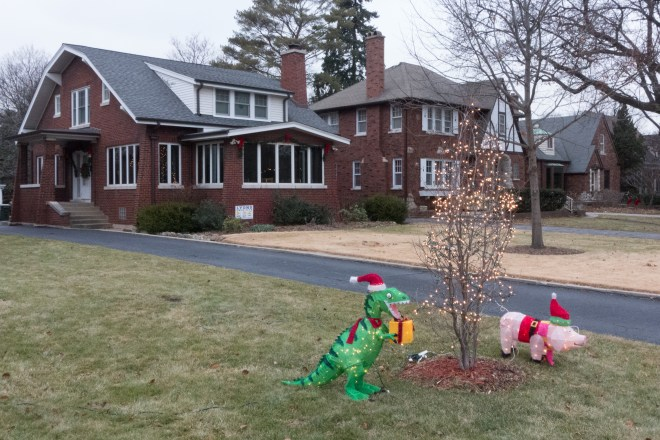 Christmas decorations in Riverside, Illinois