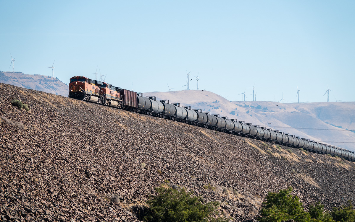 "BNSF Oil Train at ""The Wall"" Celilo, WA"