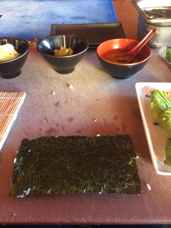 de hook up Ra sushi Carbon dating probleem voorbeelden