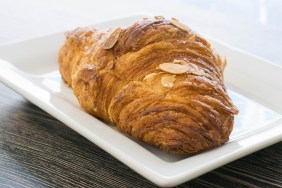 Delice-Bistro-almond