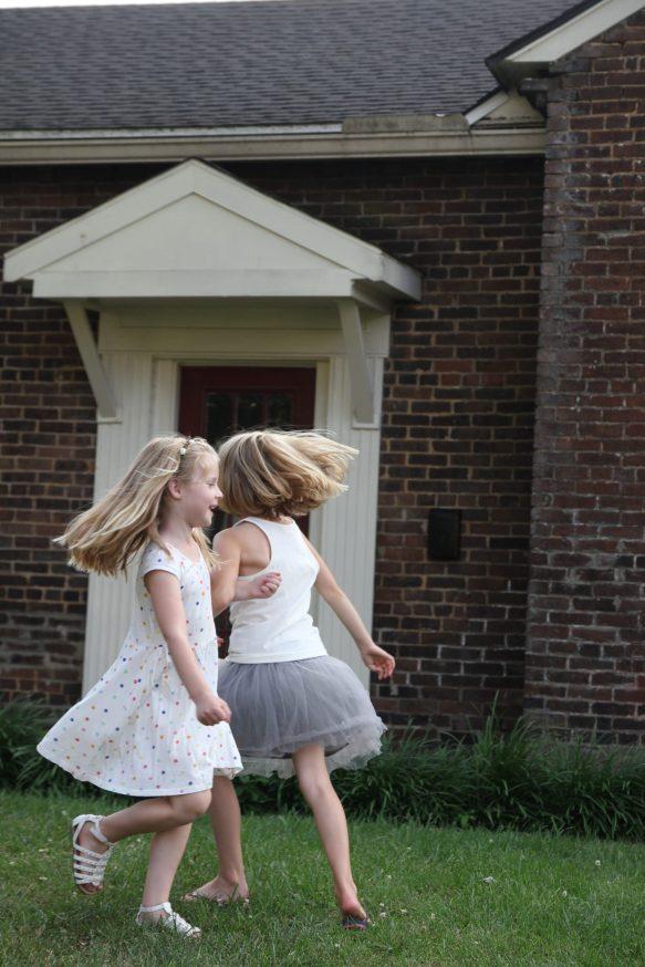 Dansuppvisning utanför vårt hotell i Bardstown
