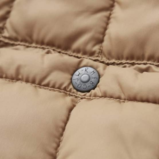 Rocky Mountain Featherbed - SIX MONTH VEST PULLOVER 輕羽絨背心 19