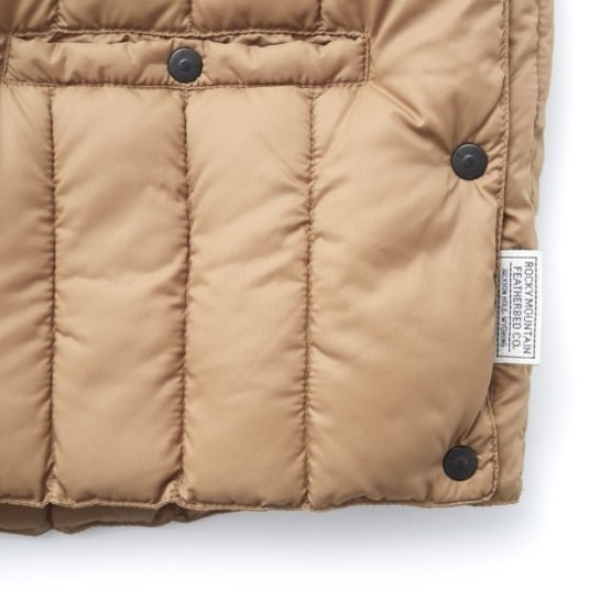 Rocky Mountain Featherbed - SIX MONTH VEST PULLOVER 輕羽絨背心 20