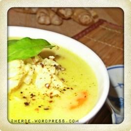 Hühnersuppe Asia-Style mit Kokosmilch