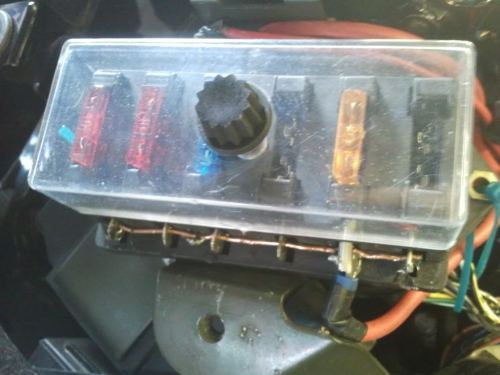 small resolution of enlarge this imagereduce this image click to see fullsize auxcillary fuse box