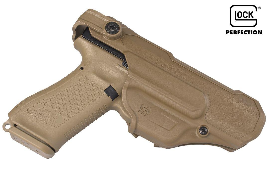 PSA Glock 17 Gen 5 FR dans son étui de dotation Blackhawk T-Series L3D version sans lampe sur l'arme (source image Starik forum Glock).