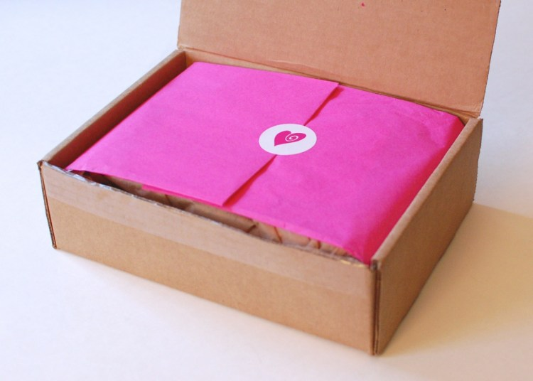 """Ecocentric Mom """"Mom & Baby"""" Box March 2014 Review"""
