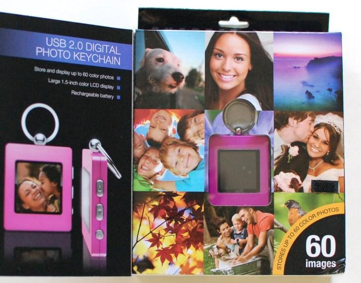 Sharper Image USB 2.0 Digital Photo Keychain pink