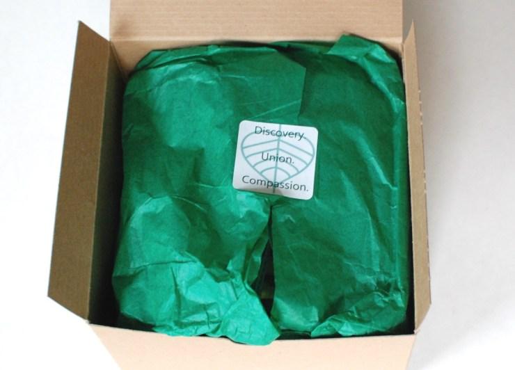 Buddhibox November 2014 green tissue paper