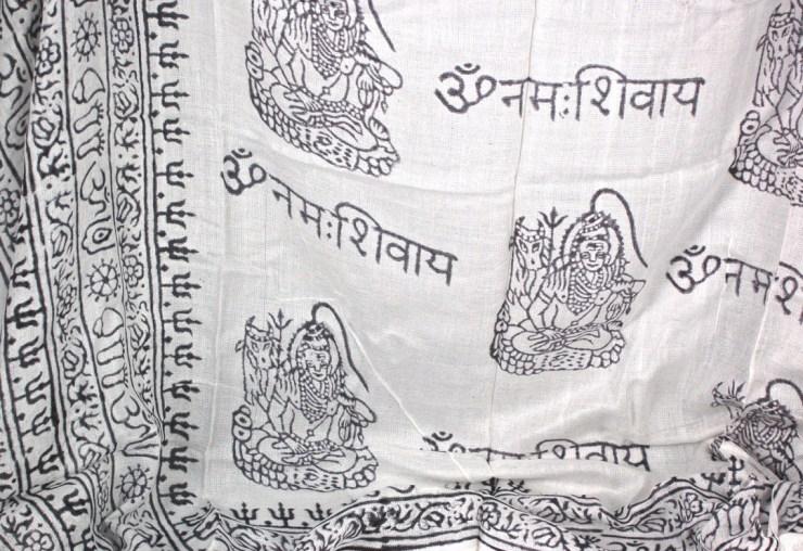 Indian prayer scarf