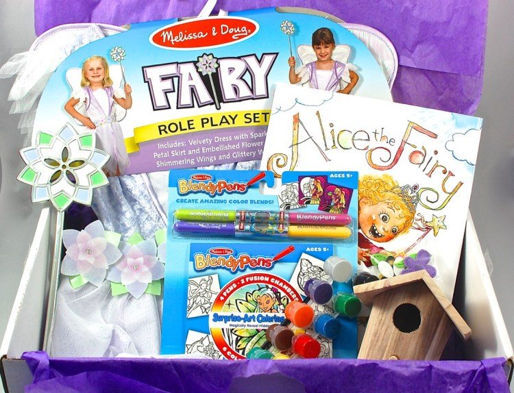 My Pretend Place July 2015 Dress Up Box Review & Coupon Code