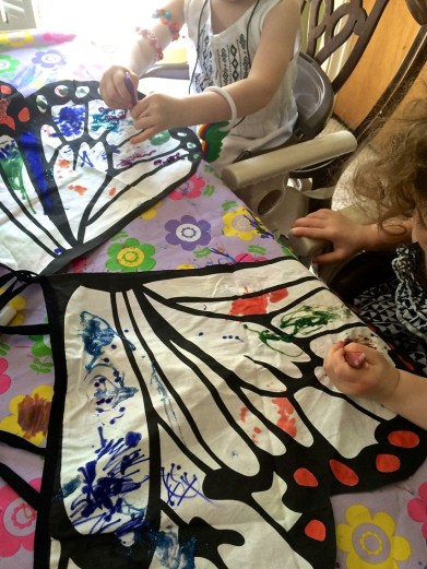 coloring butterfly wings