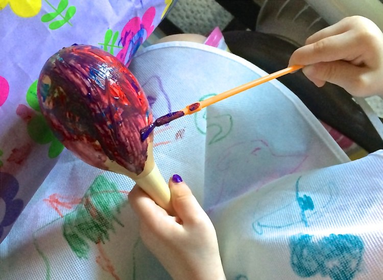 painting maracas