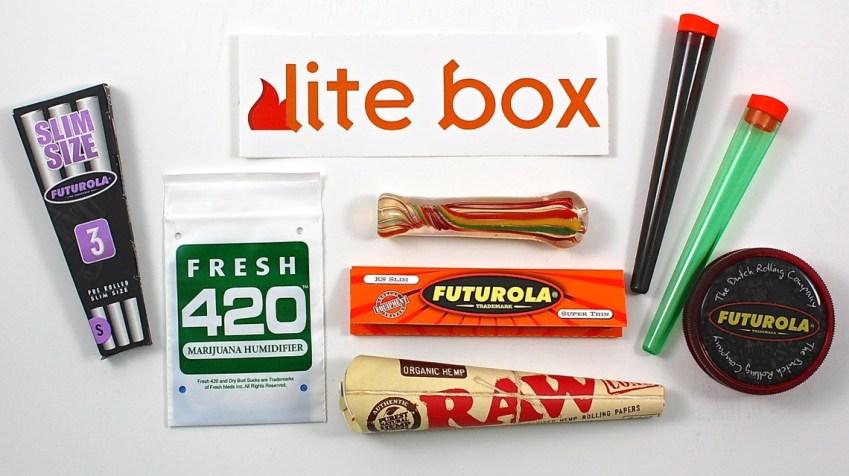 August 2015 Lite Box