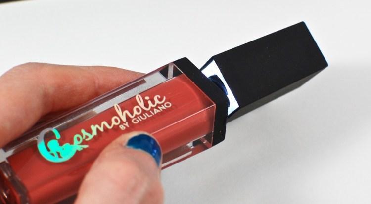 Cosmoholic lipstick