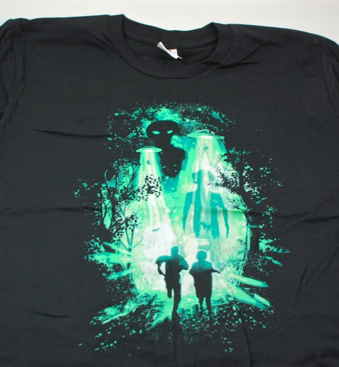 Loot Crate X-files shirt