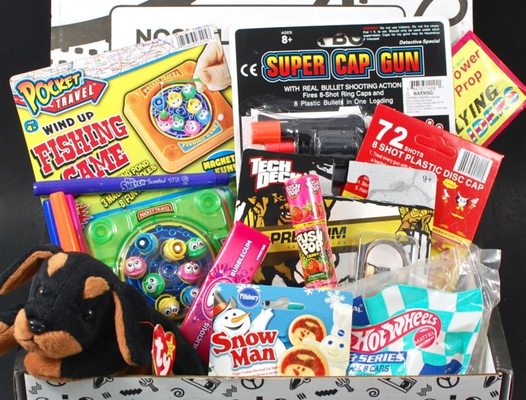 The 90's Box April 2016 Subscription Box Review