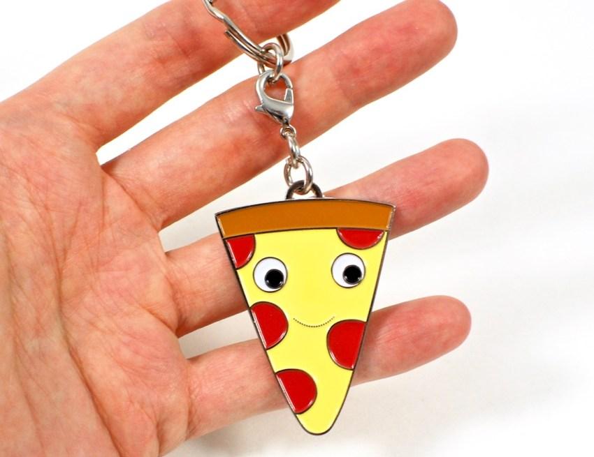 kid robot pizza
