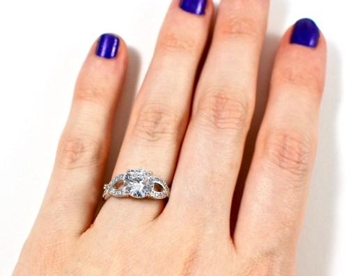 Jewelreveal ring