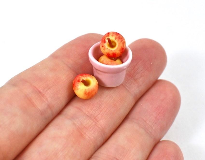 miniature apples