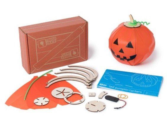 kiwi crate pumpkin