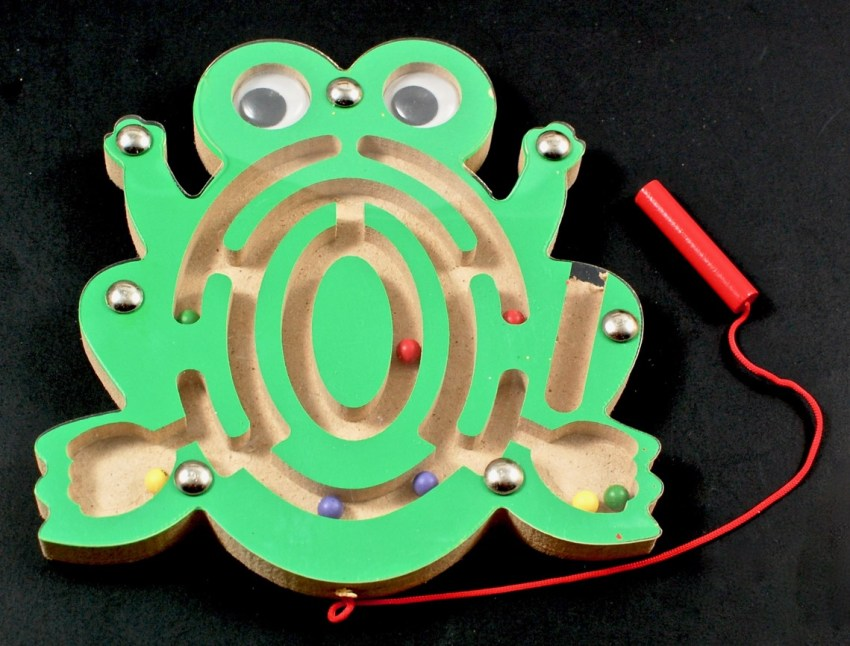 magnetic frog puzzle maze