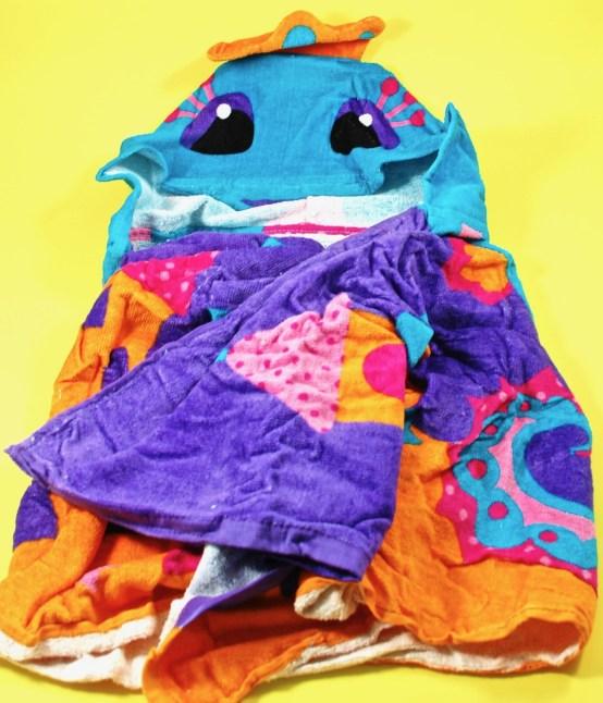 hooded towel seahorse
