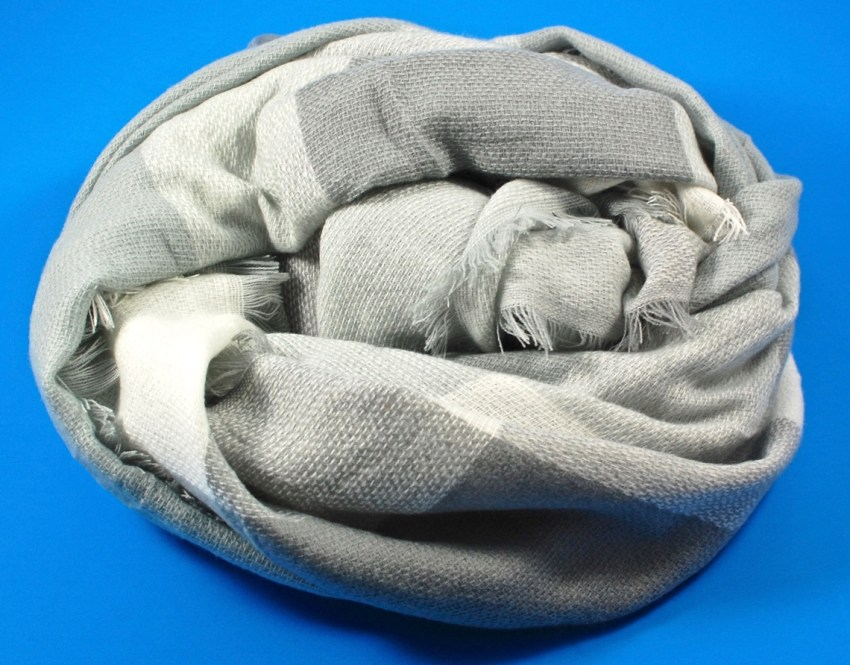 Konenkii scarf