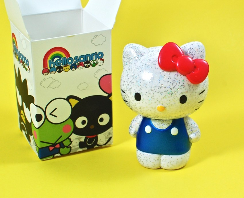 Hello Kitty sparkle figure