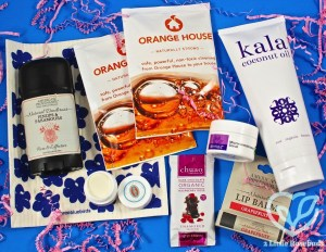 "Ecocentric Mom January 2017 ""Mom"" Box Review & Coupon Code"