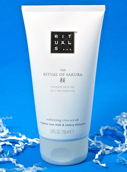 Ritual of Sakura body scrub
