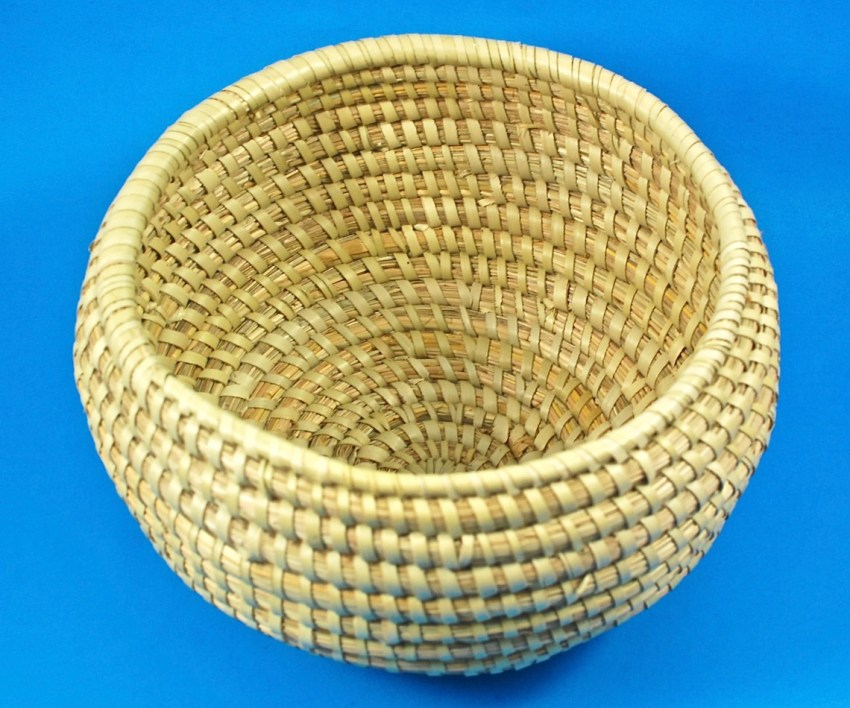GlobeIn basket bowl