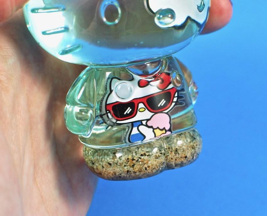 Hello Kitty sanrio crate figure