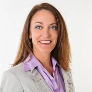 Danielle Kunkle Roberts headshot
