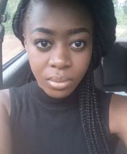 Huwa selfie in a car