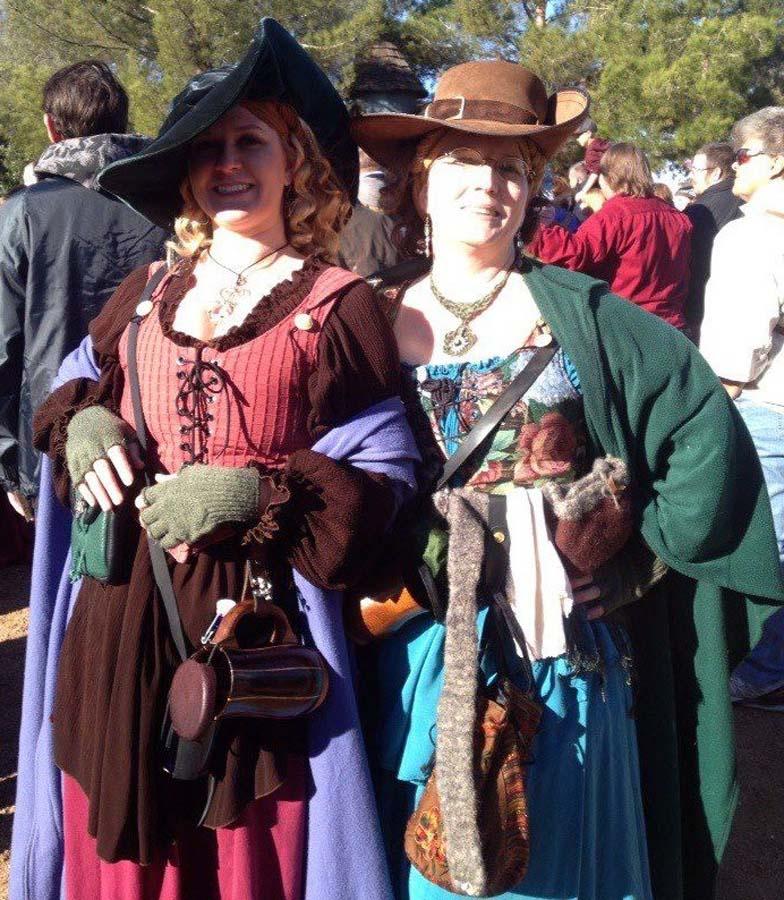 Renaissance Festival Wedding Dresses: Grab Your Garb For Ren Faire