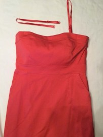 Strapless dress with matching straps