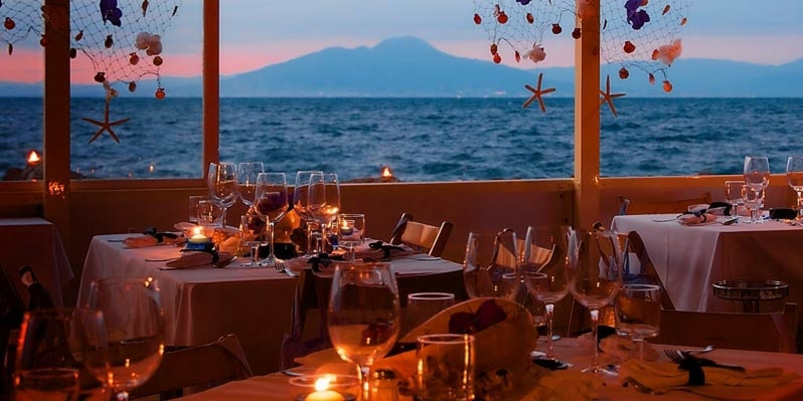 I piatti tipici delle mete di vacanza delle isole di Napoli e dintorni