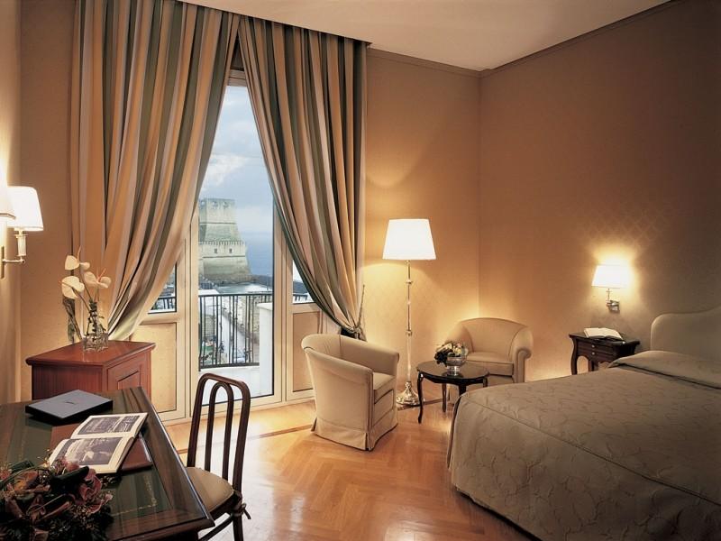 I 3 alberghi pi panoramici di Napoli