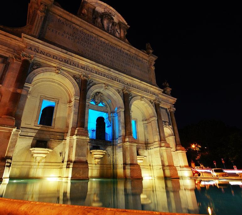 5 piazze dove bere a Roma senza incappare nellordinanza