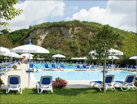 Caldo istruzioni per luso da applicare in queste 8 piscine di Napoli