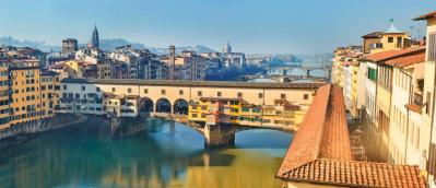 panoramic_view_of_river_arno._florence._tuscany._italy_h1