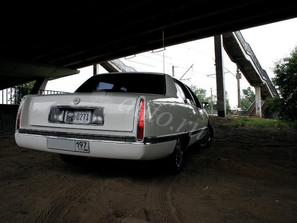 O carro que matou a Tupac foi vendido por US $ 2 milhões em Moscou no ano de 2013.