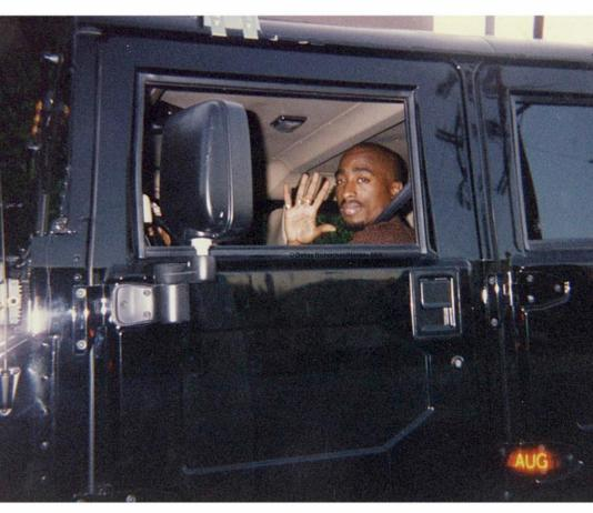 1996-08-16 / When Tupac Ride With His New Hummer